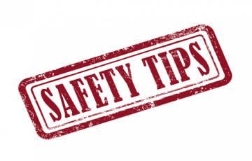 <Restaurant Safety Tips